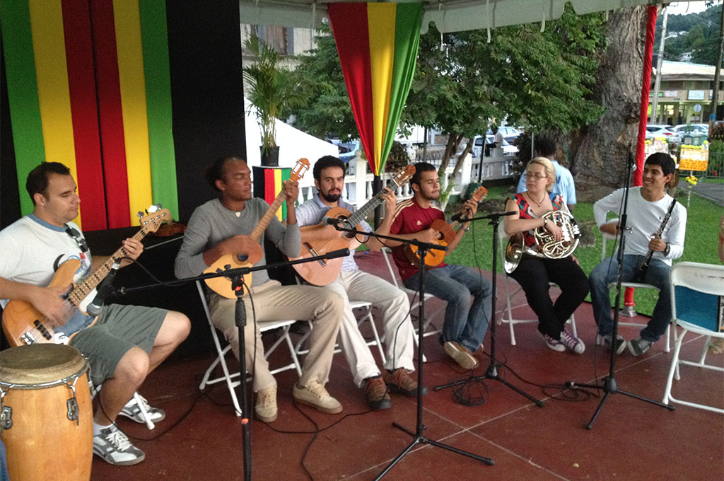 The Saint Lucia-Venezuela Music Ensemble, organized by the Venezuelan Embassy and the Saint Lucia School of Music, added a colourful musical and cultural solidarity blend to the Reparations Youth Rally where the Declaration was made.